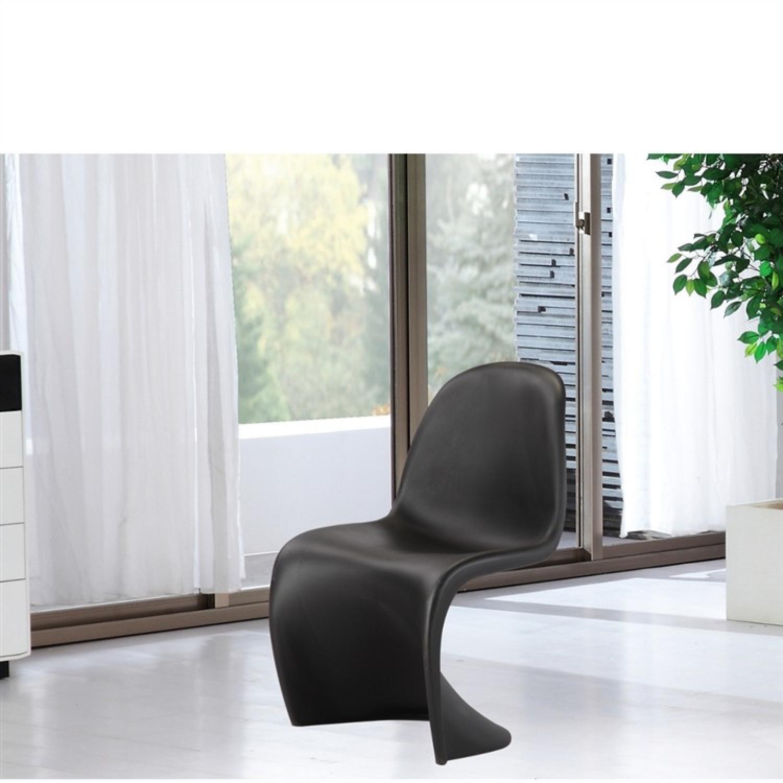 ... Modern Molded Black ABS Indoor/Outdoor Chair 0 ...