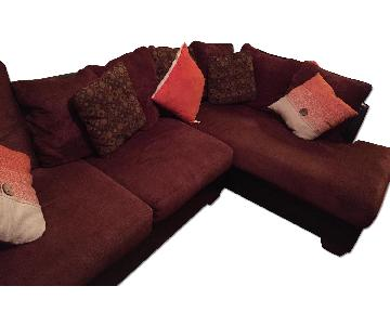 Ashley Larson 2-Piece Sectional Sofa in Cinnamon