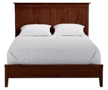 Ethan Allen Tatum Queen Bed in Mahogany Finish