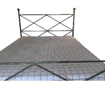 Desiron Handmade Wrought Iron Queen Bed
