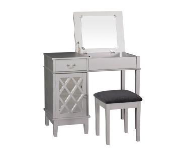 Linon Home Decor Lattice Vanity w/ Upholstered Seat
