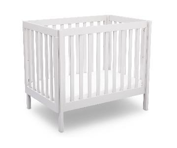 Delta Children Bennington Elite Mini Crib