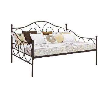 DHP Furniture Victoria Full Size Daybed