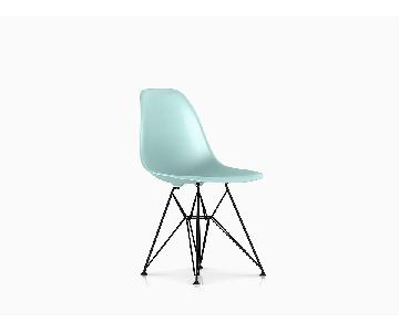 Herman Miller Eames Molded Plastic Side Chair w/ Wire Base