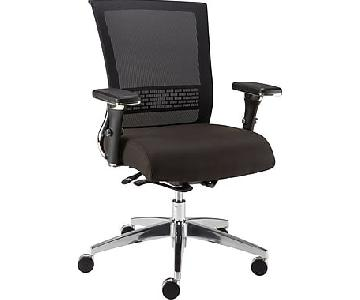 Staples Professional Series Black Mesh Back Task Chair