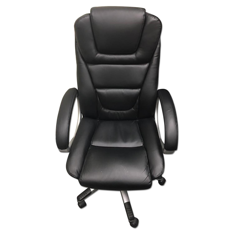 black executive office chair w adjustable seat height aptdeco