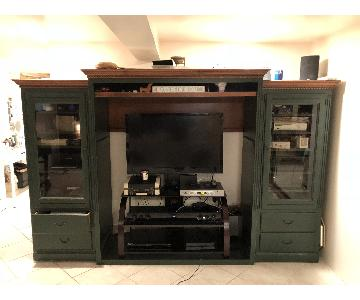 Ethan Allen TV Hutch w/ Side Cabinets