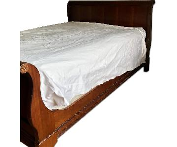 Drexel Queen Size Sleigh Bed Frame