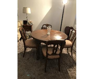 Antique Solid Wood Expandable Dining Table w/ 4 Chairs