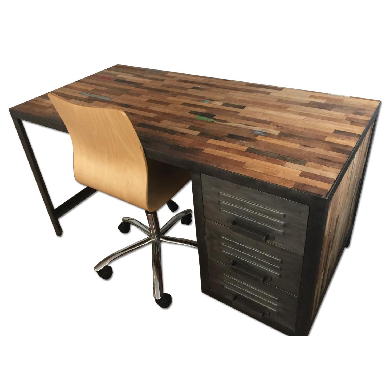 Reclaimed Distressed Wood Amp Industrial Metal Desk Amp Aptdeco