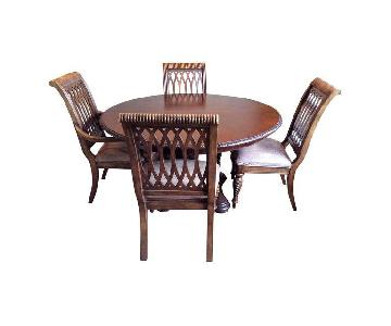 Bernhardt Dining Table w/ 4 Distressed Leather Chairs