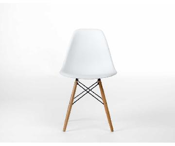 Rove Concepts DSW Molded Eames Chair