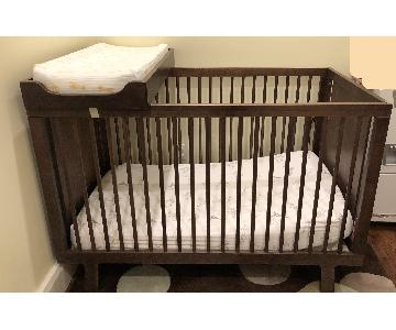Oeuf Sparrow Crib w/ Changing Table Top