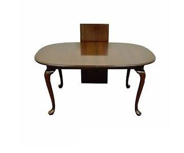 Ethan Allen Queen Anne Extending Dining Table w/ 6 Chairs