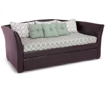 Bob's Montgomery Daybed w/ Trundle