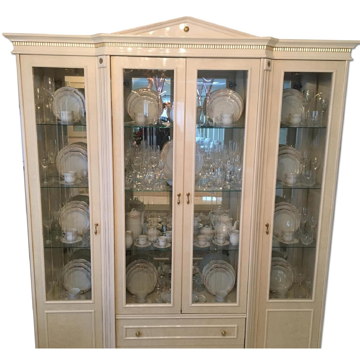 Lacquer China Cabinet/Wall Unit