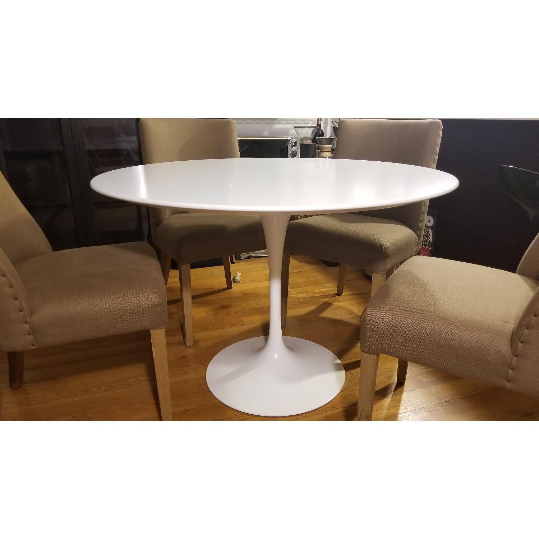 Knoll Saarinen Round Dining Table W White Laminate Top Aptdeco