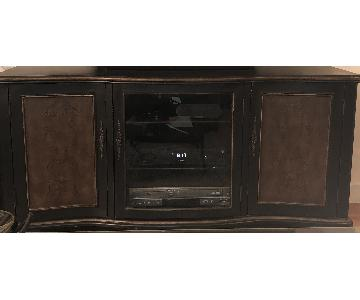 Hooker Furniture French Country TV Console