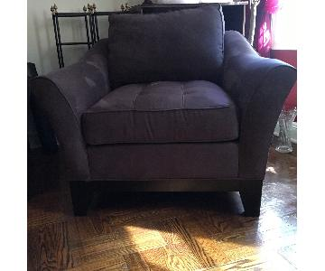 Raymour & Flanigan Tufted Microsuede Chair
