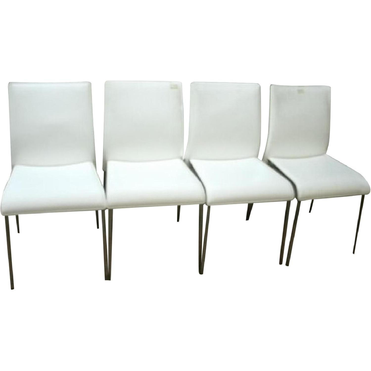 Chairs dining chairs in white leather w metal legs for White leather dining chairs