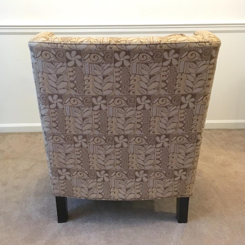 Broyhill Armless Club Chair