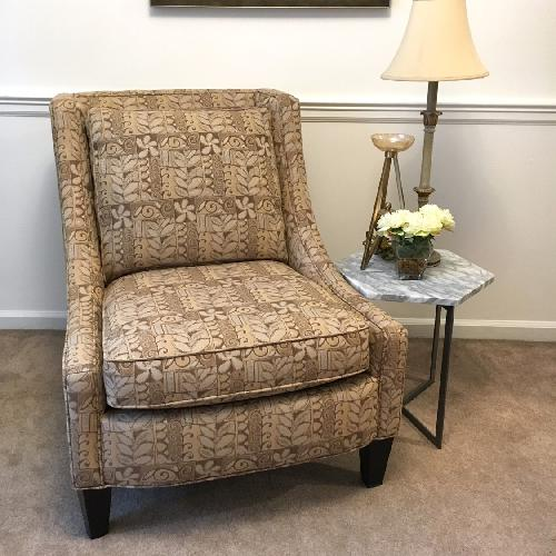 Broyhill Armless Club Chair