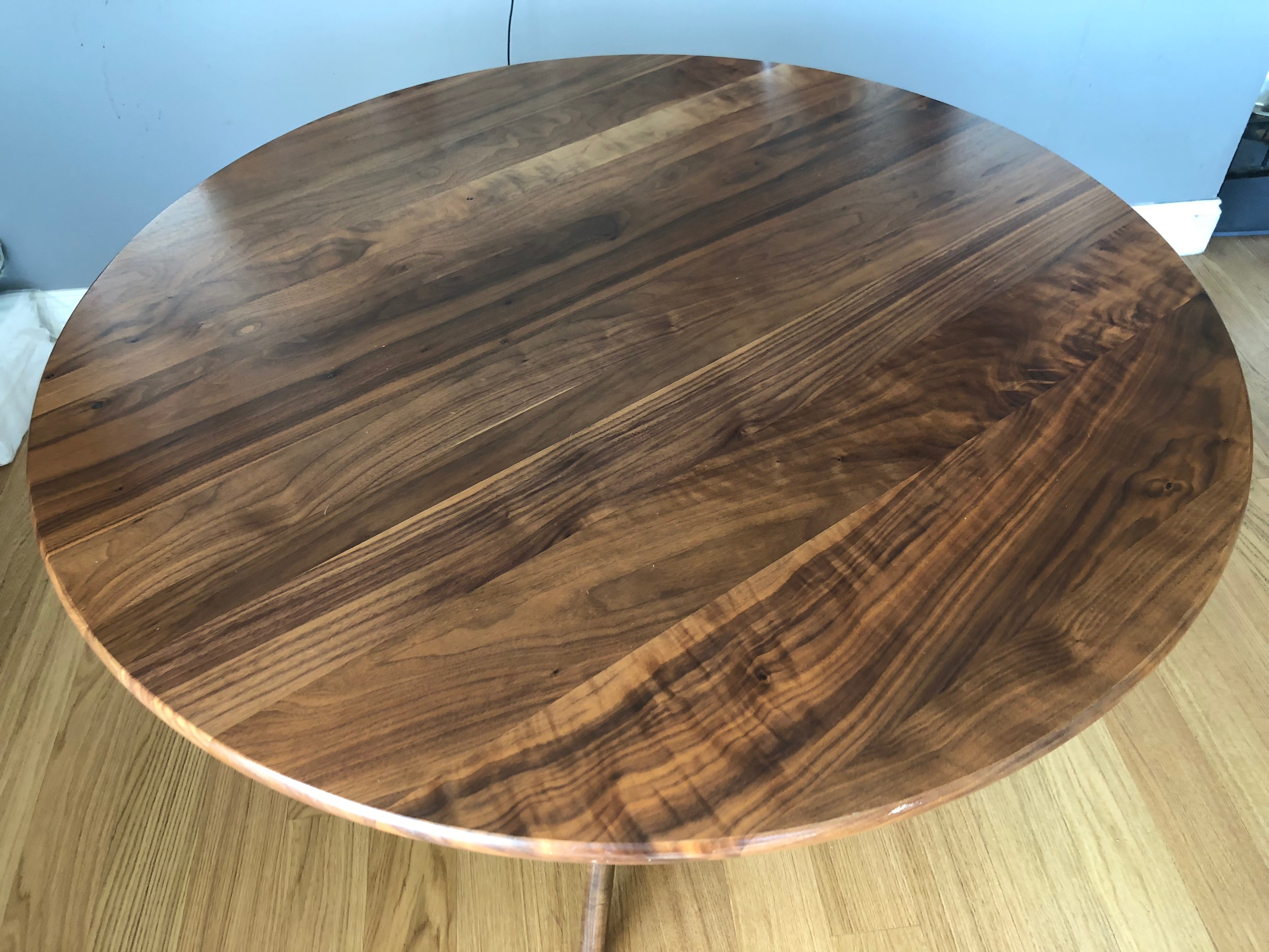 Room & Board Bradshaw Round Table
