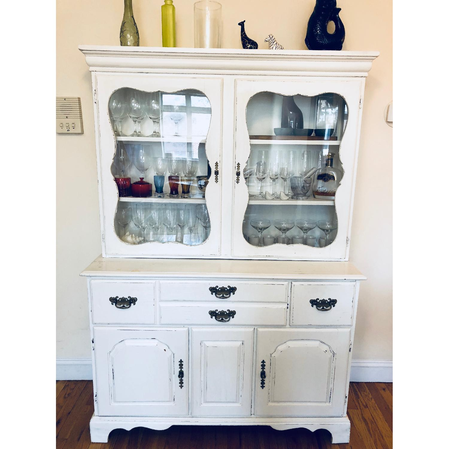 Image of: Shabby Chic Distressed White Kitchen Hutch Buffet Aptdeco