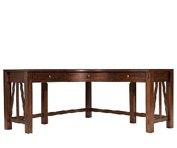 Raymour & Flanigan Castlewood Corner Desk