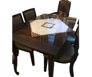 Raymour & Flanigan 5-Piece Expandable Dining Set