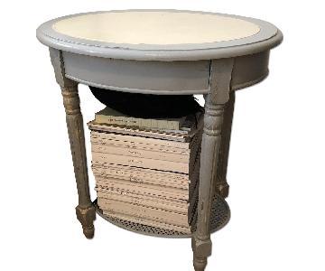 UMA Enterprise Inc. Oval Accent Table