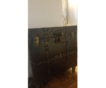 Leather Storage Decorative Chest
