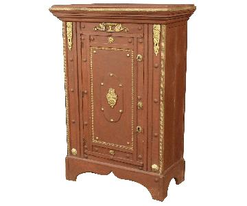 20th Century Italian Cabinet in Painted Wood