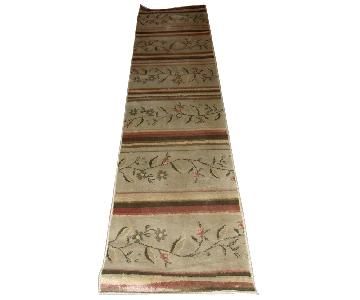 Oriental Style Floral Rug in Ivory