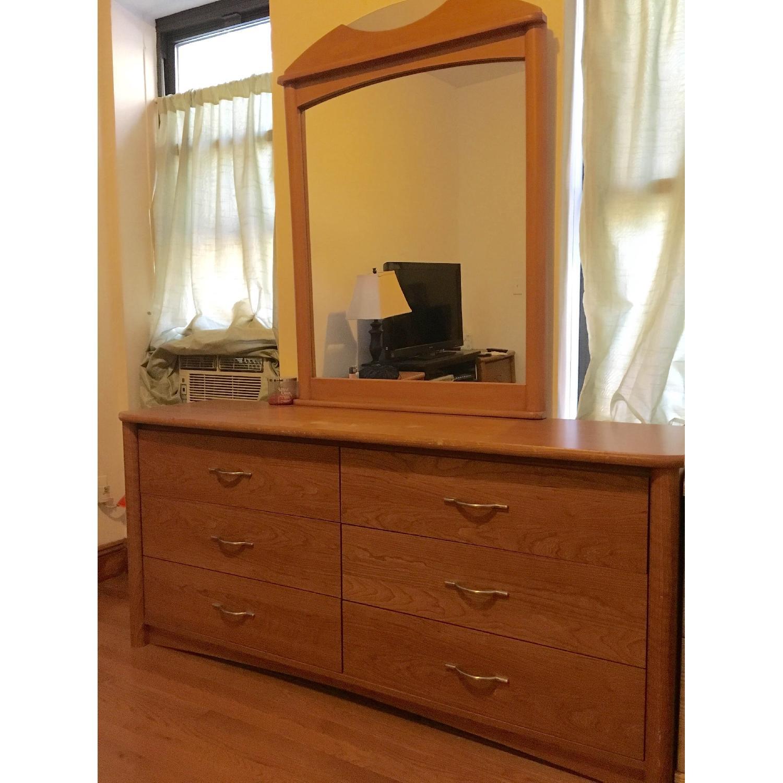 Palliser Solid Oak Dresser W Mirror 2 Matching Nightstands