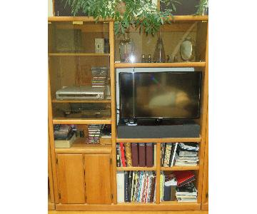 2-Piece Wall Unit/Media Storage w/ Shelves