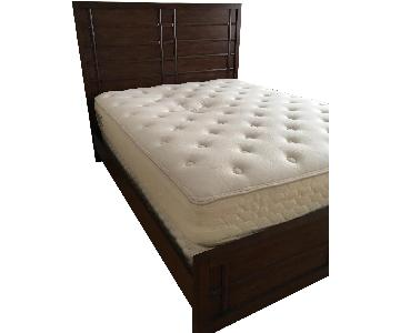 Raymour & Flanigan Queen Size Bed Frame w/ Headboard
