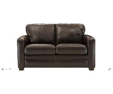 Raymour & Flanigan Trent Leather Loveseat