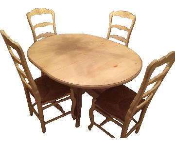 Habersham Expandable Dining Table w/ 4 Chairs