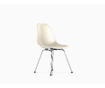 Herman Miller Charles Eames Fiberglass Shell Chairs