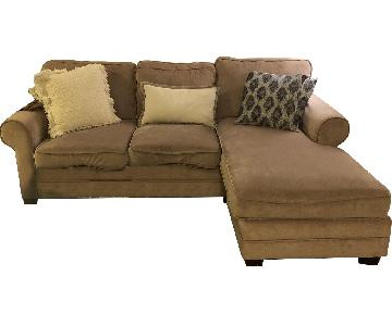 Beige Sectional Sofa w/ Reversible Chaise
