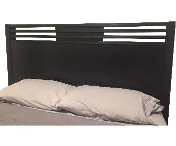 American Signature Black Queen Size Bed Frame