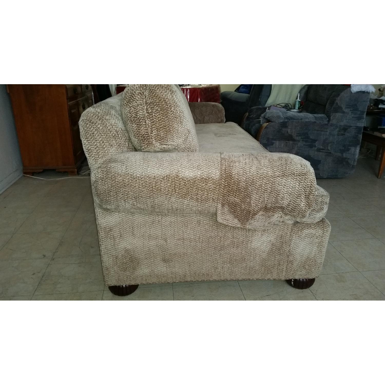 Kravet Sofa - image-6
