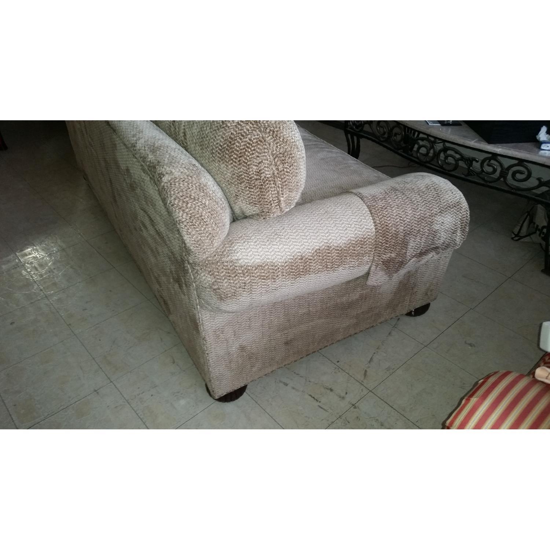 Kravet Sofa - image-8