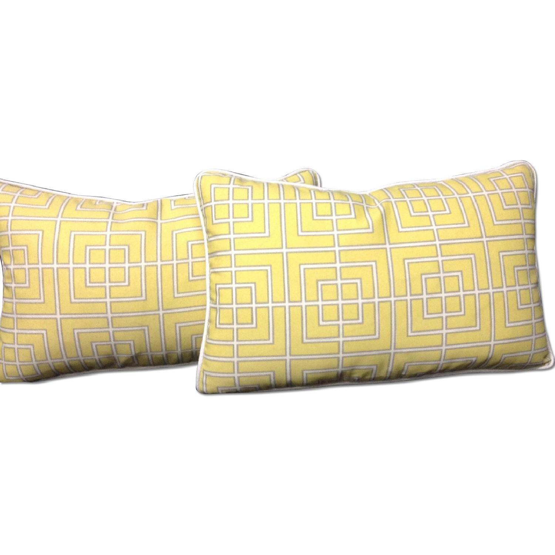 Decorative Pillows - Pair - image-0