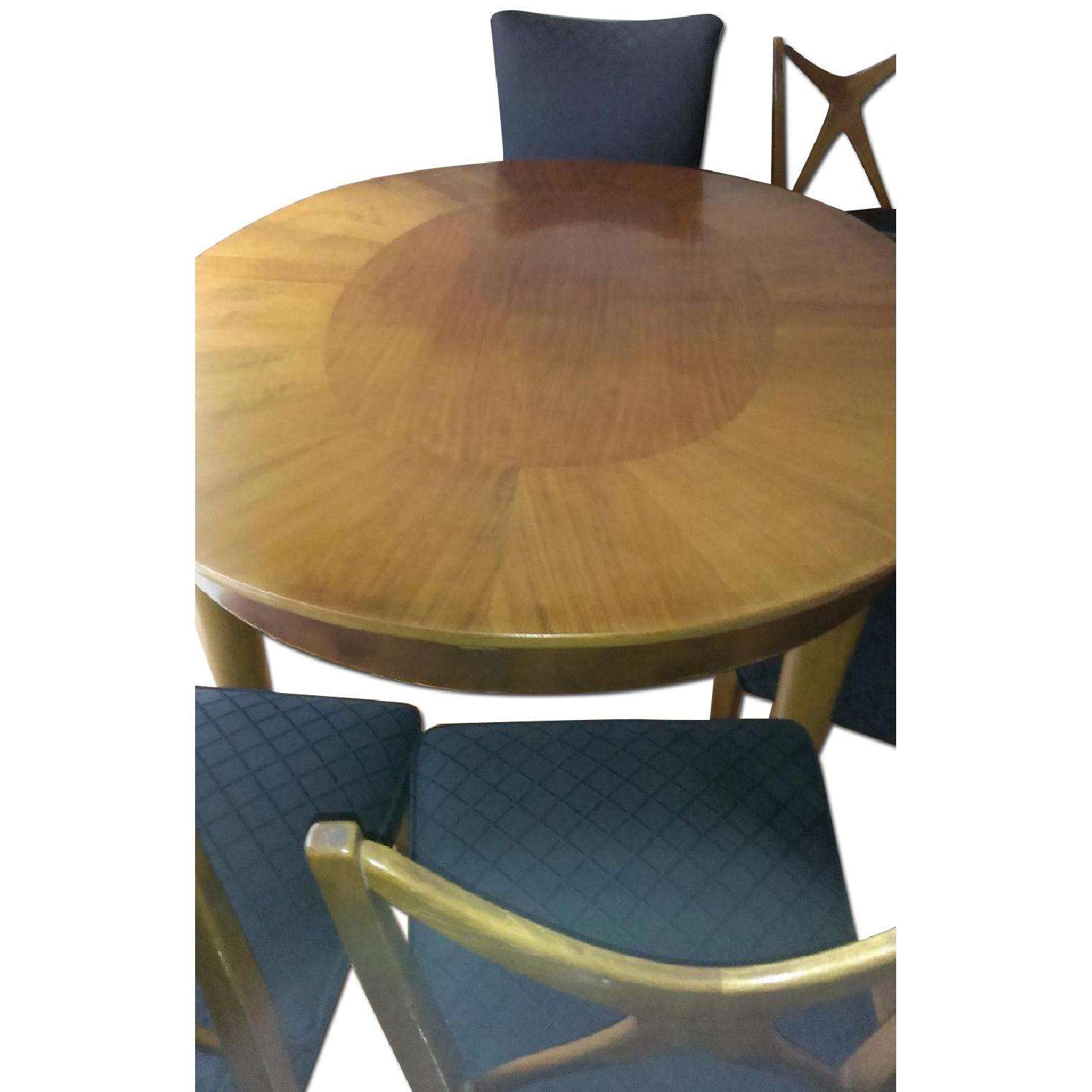 Extendable Dining Table w/ 6 Upholstered Chairs - image-0
