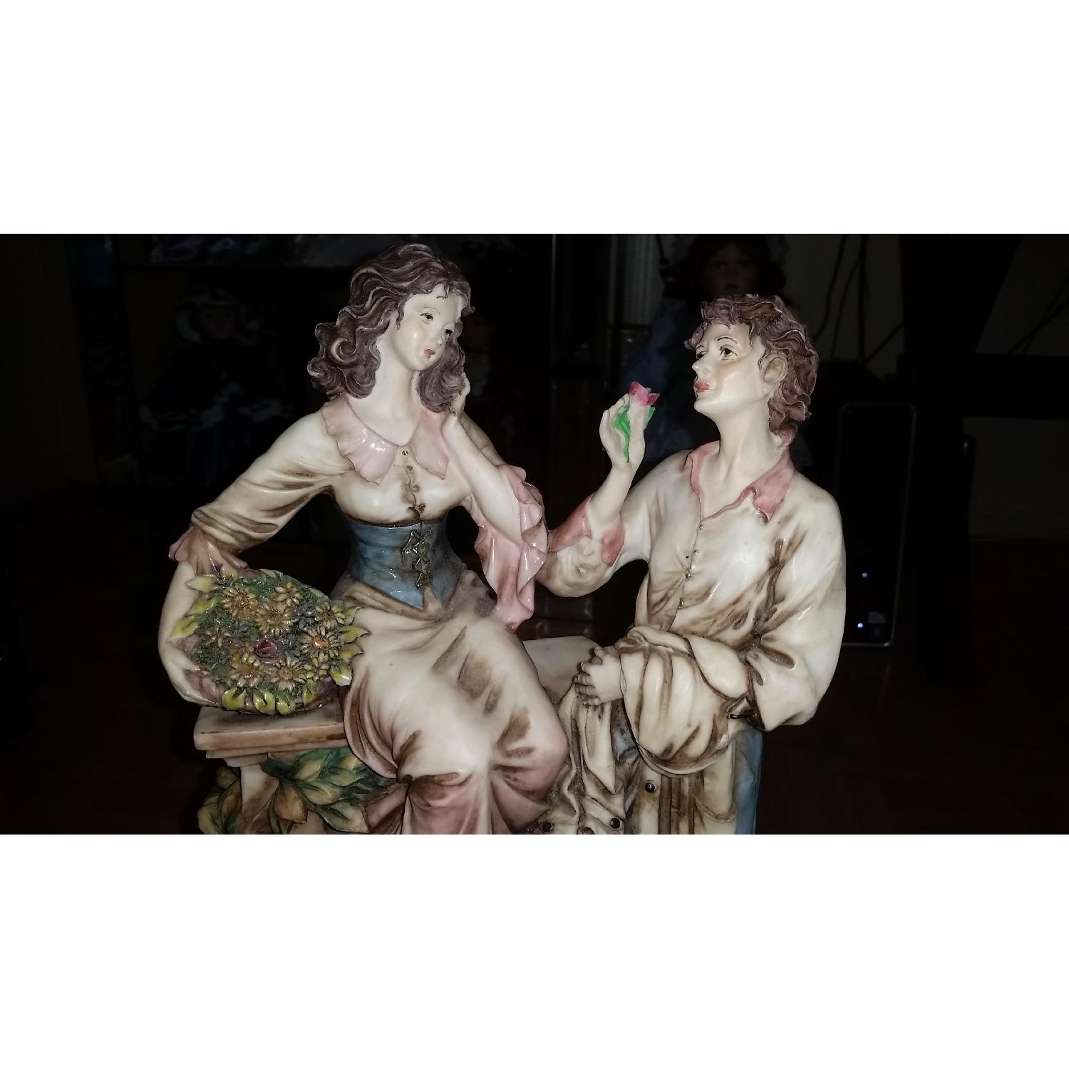 Vintage Serie Valentino by Miriam Couple in Love Sculpture Figurine - image-2