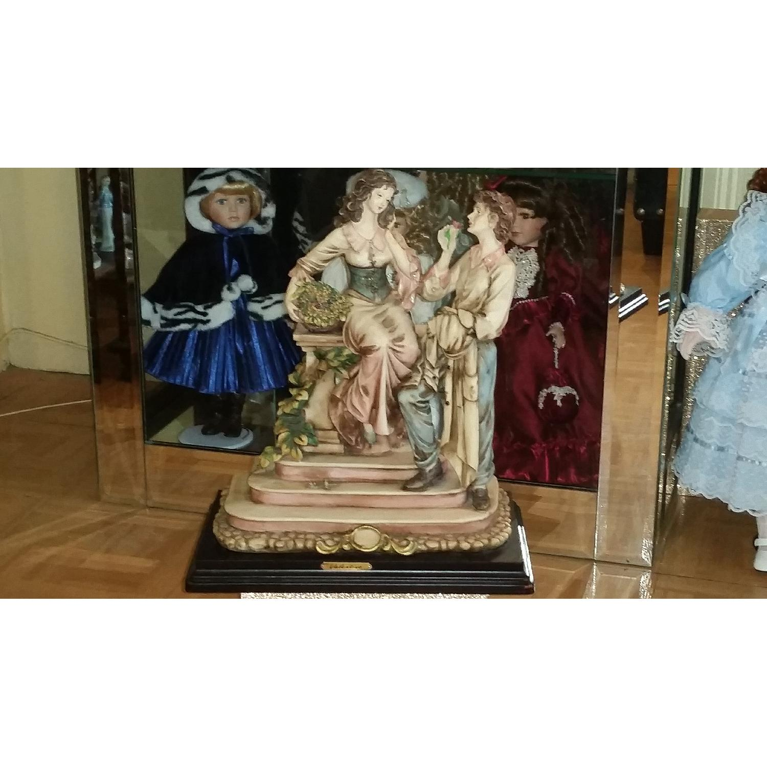 Vintage Serie Valentino by Miriam Couple in Love Sculpture Figurine - image-9