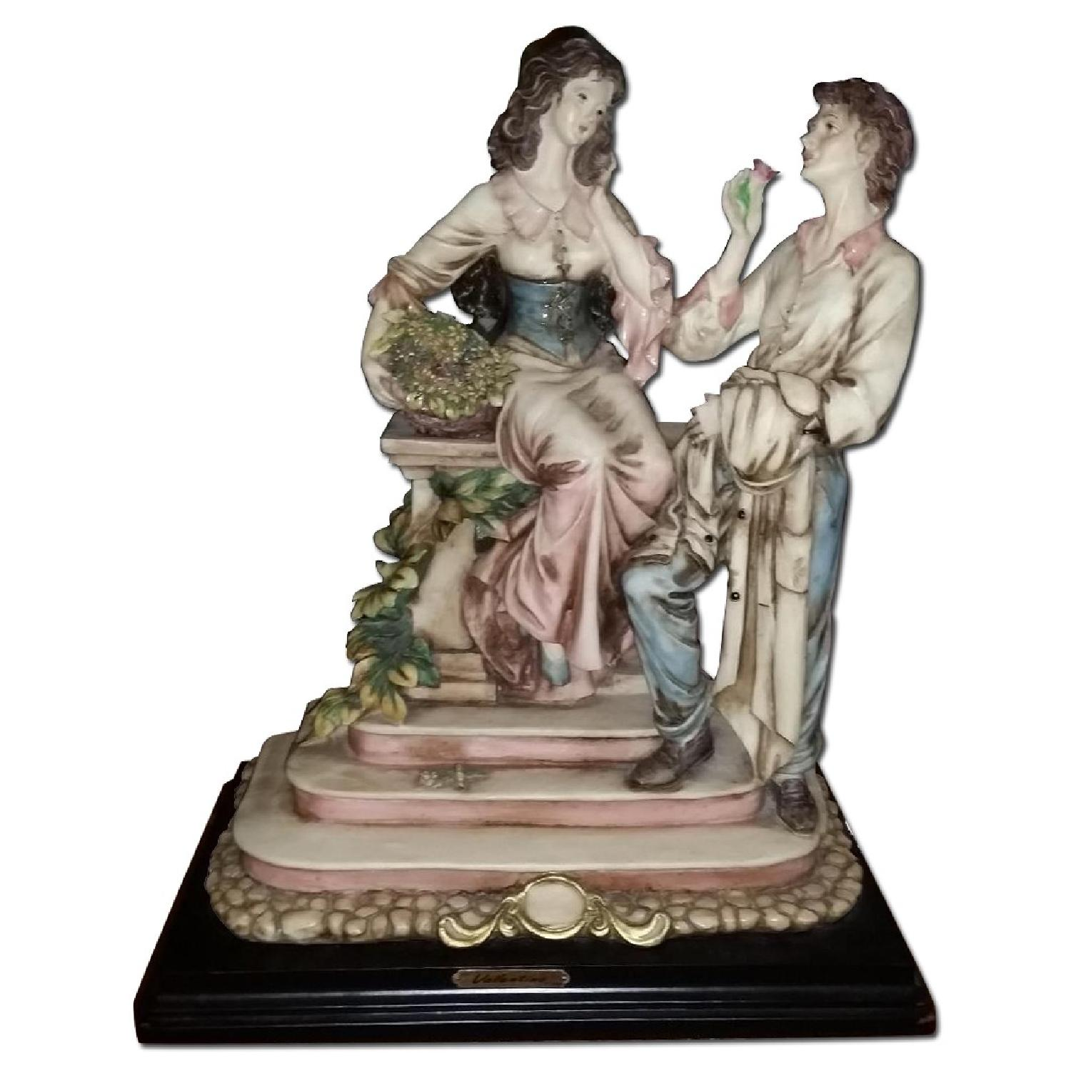 Vintage Serie Valentino by Miriam Couple in Love Sculpture Figurine - image-0