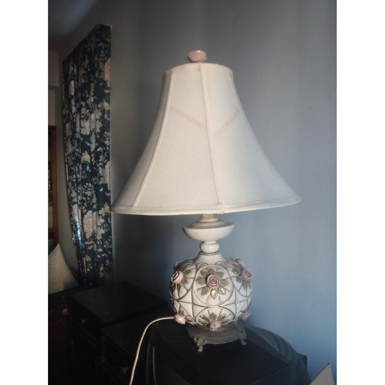 1930's Antique Rosebud Table Lamp - image-3